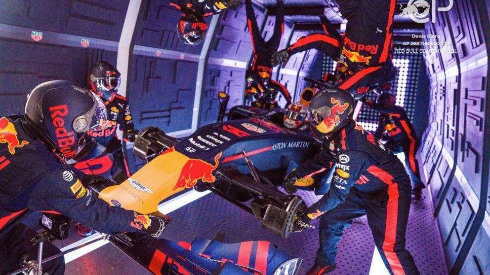 El pit stop más alocado en la historia de la F1: sin gravedad a bordo de un avión