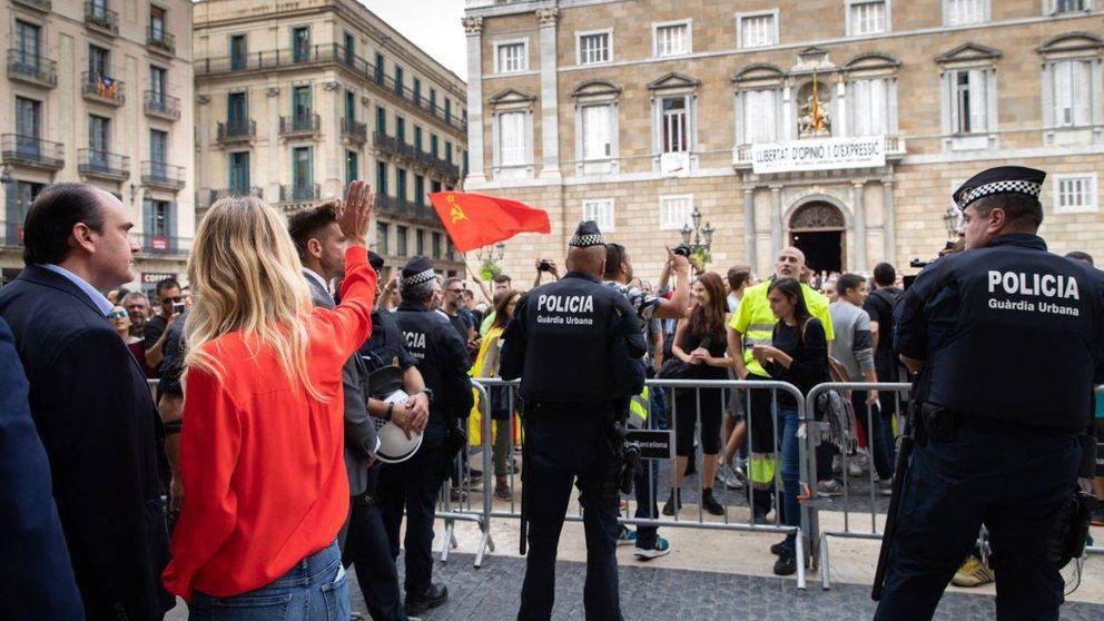 Cayetana Álvarez de Toledo se encara con los huelguistas en Cataluña