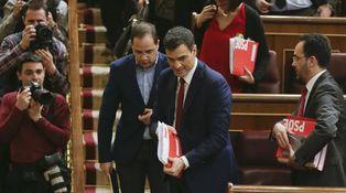 Pedro Sánchez sale investido del debate
