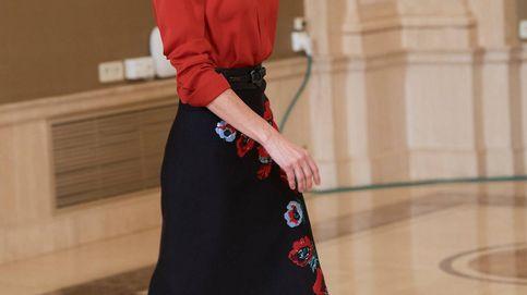 Así ha reconvertido la reina Letizia (con éxito) uno de sus looks más criticados