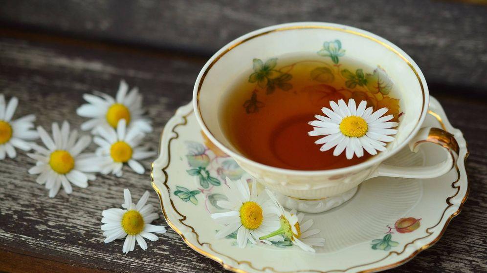 Foto: Una taza de té de manzanilla (Pixabay)