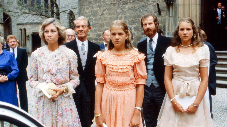 Elena y Cristina, en la boda de Ernesto de Hannover. (Getty)