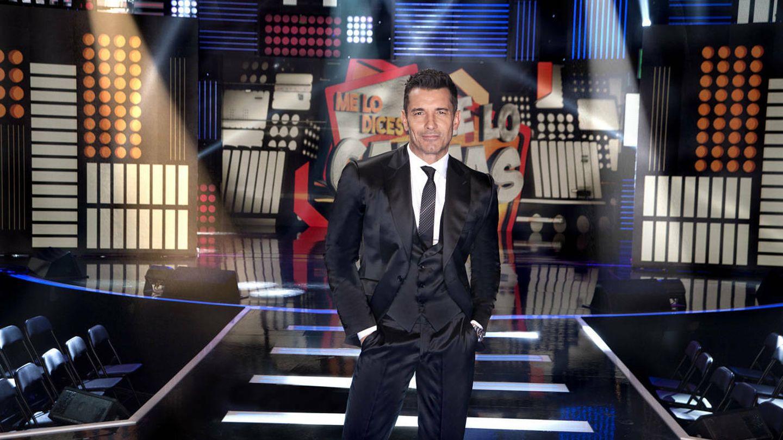 Jesús Vázquez presenta en Telecinco 'Me lo dices o me lo cantas'.