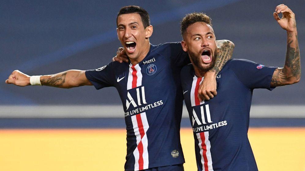 Foto: Di María (el mejor jugador del partido) y Neymar celebran la victoria. (Reuters)