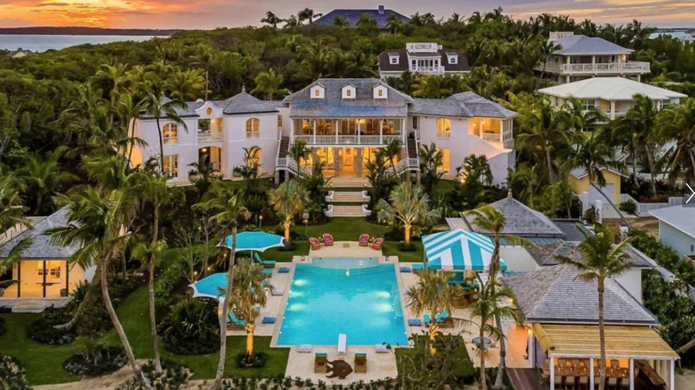 El exterior de la lujosa Villa Rosalita. (Airbnb)