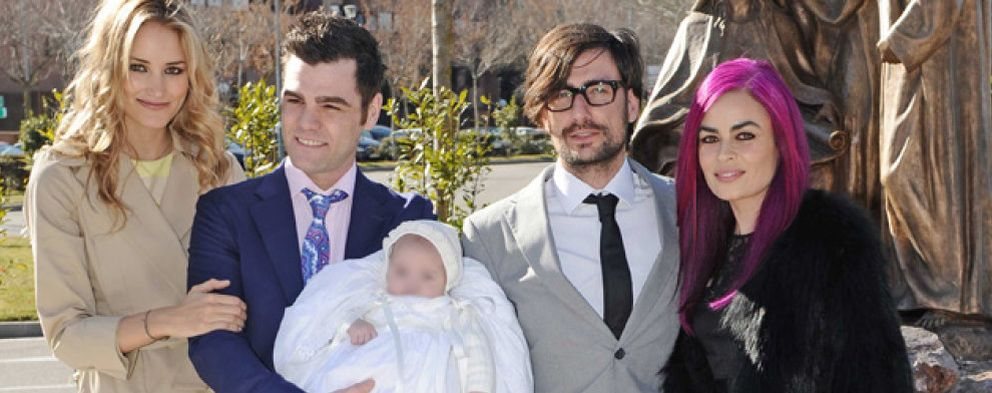 Foto: Fonsi Nieto y Alba Carrillo bautizan a su hijo Lucas