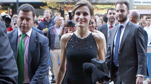 La Reina Letizia, todo elegancia en su primera noche en Asturias