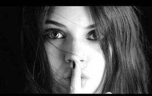 Kendall Jenner estrena su spot para Estee Lauder