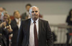 Uli Hoeness entra en la cárcel para cumplir su condena por fraude fiscal