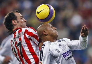 Foto: El Real Madrid remonta ante el Athletic y se coloca a un punto del Barcelona
