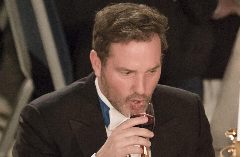 Chris O'Neill, acusado de beber demasiado por la prensa sueca