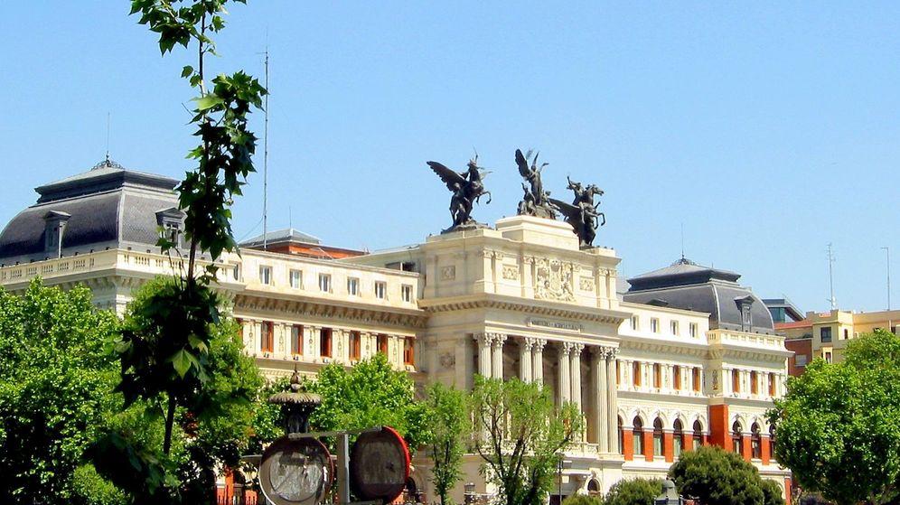 Foto: Fachada del Ministerio de Agricultura, al lado de la Puerta de Atocha de Madrid (CC/Zaqarbal)