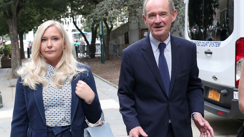 Virginia Giuffre con su abogado David Boies. (Reuters)