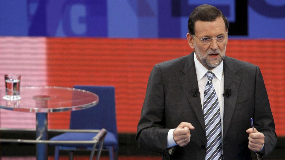 Rajoy comprarece en la Moncloa tras convocar las elecciones generales del 20-D