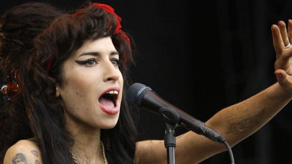 Roban el vestido de novia de Amy Winehouse en su casa de Londres