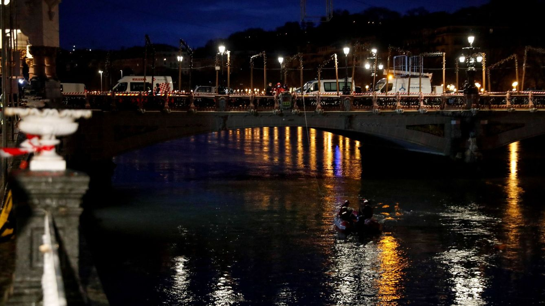 Localizan muerto al agente de la Ertzaintza tras caer su coche patrulla al río Urumea