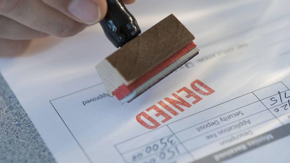 ¿Puede el banco negarme una hipoteca si no asumo los gastos?