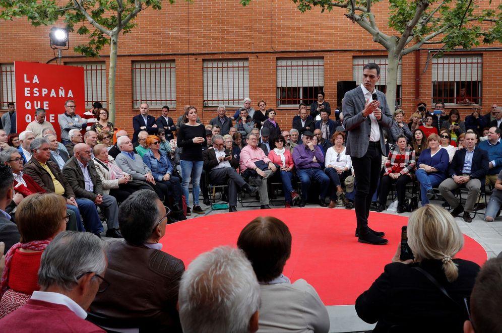 Foto: Pedro Sánchez, este 15 de abril en Leganés, en el centro de mayores Juan Muñoz. (EFE)