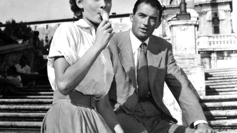Audrey Hepburn y Gregory Peck, en 'Vacaciones en Roma', de 1953 (Cordon Press)