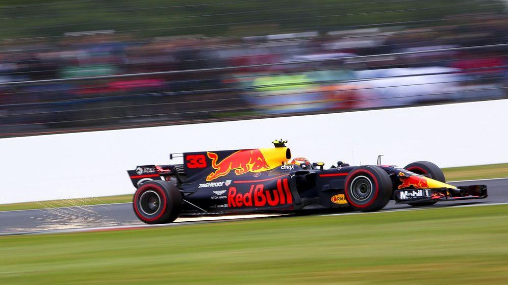 Foto: Max Verstappen, al volante del Red Bull en Silverstone. (EFE)