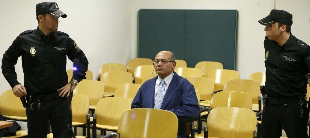 Foto: El expresidente de la CEOE Gerardo Díaz Ferrán en su juicio. (EFE)