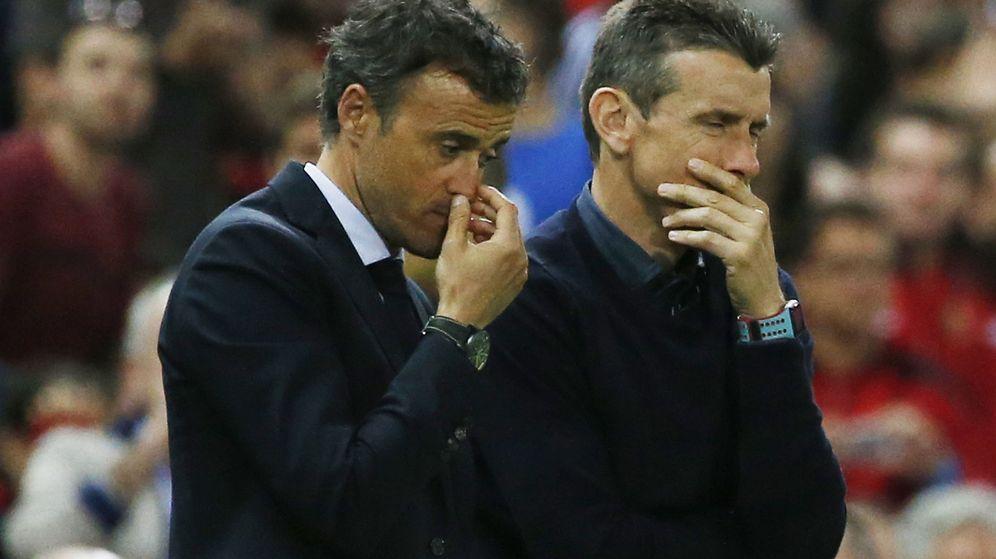 Foto: Luis Enrique, junto a Juan Carlos Unzué, durante la final de Copa de 2016 contra el Sevilla. (EFE)