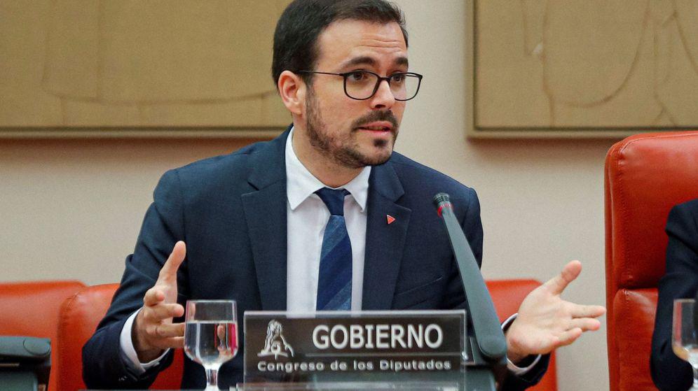 Foto: El ministro de Consumo, Alberto Garzón, durante su comparecencia ante la Comisión de Sanidad y Consumo del Congreso. (EFE)