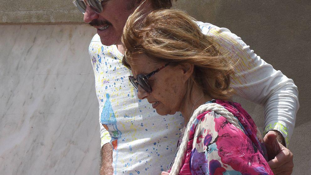 Maria Teresa Campos y Bigote se relajan en Marbella