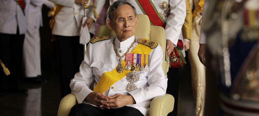 La última polémica del rey de Tailandia, el monarca más rico del mundo