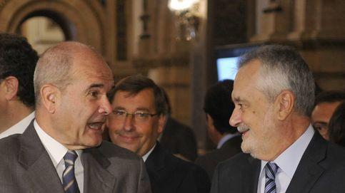 El PSOE sale ahora en defensa de los caballeros Chaves y Griñán
