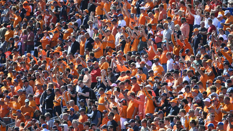 Formula One F1 - Dutch Grand Prix - Circuit Zandvoort, Zandvoort, Netherlands - September 5, 2021 Fans are seen in the stand before the race REUTERS Piroschka Van De Wouw