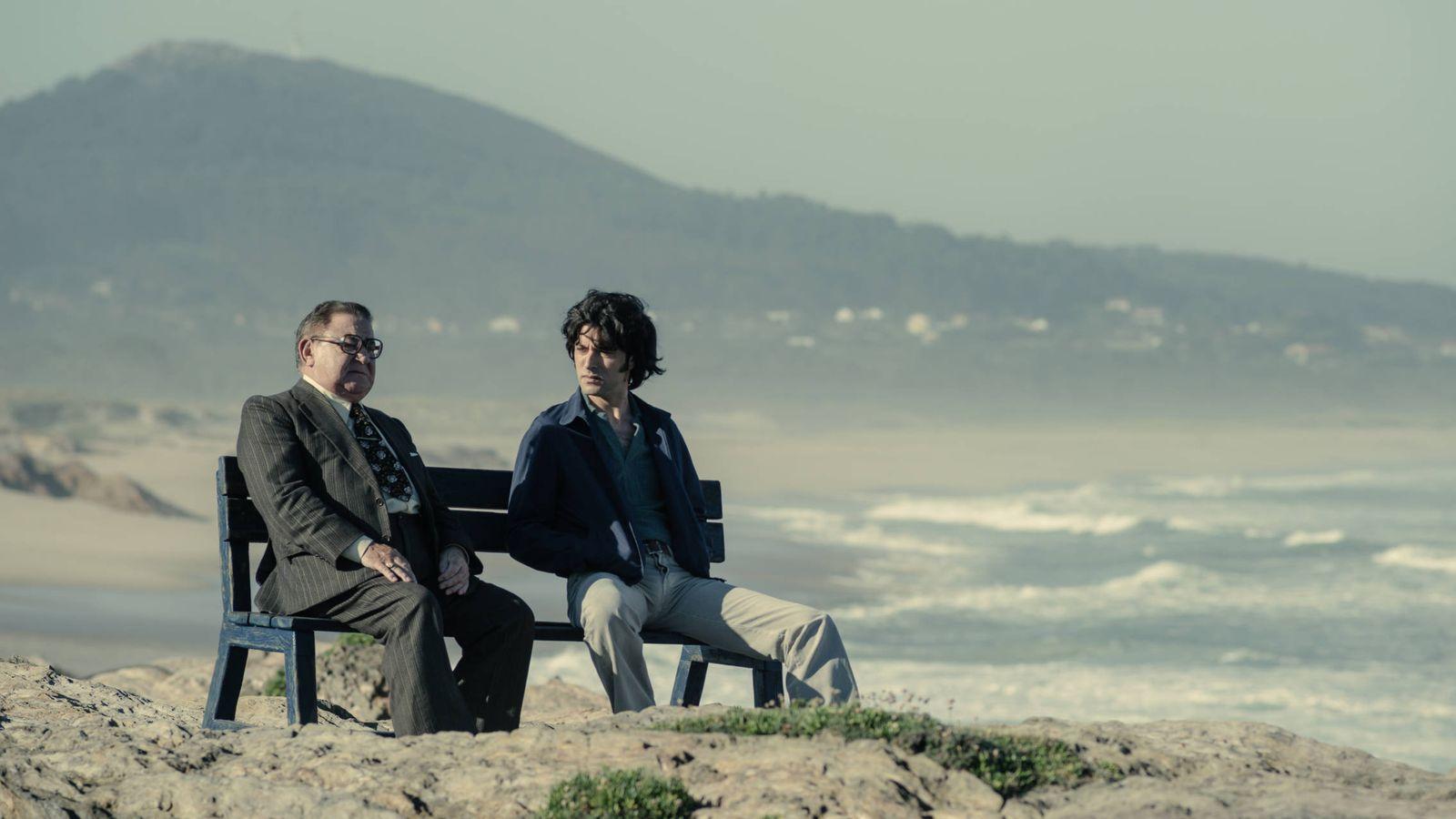 """Foto: Sito y """"Terito"""" en la Praia das Furnas. (Antena 3)"""