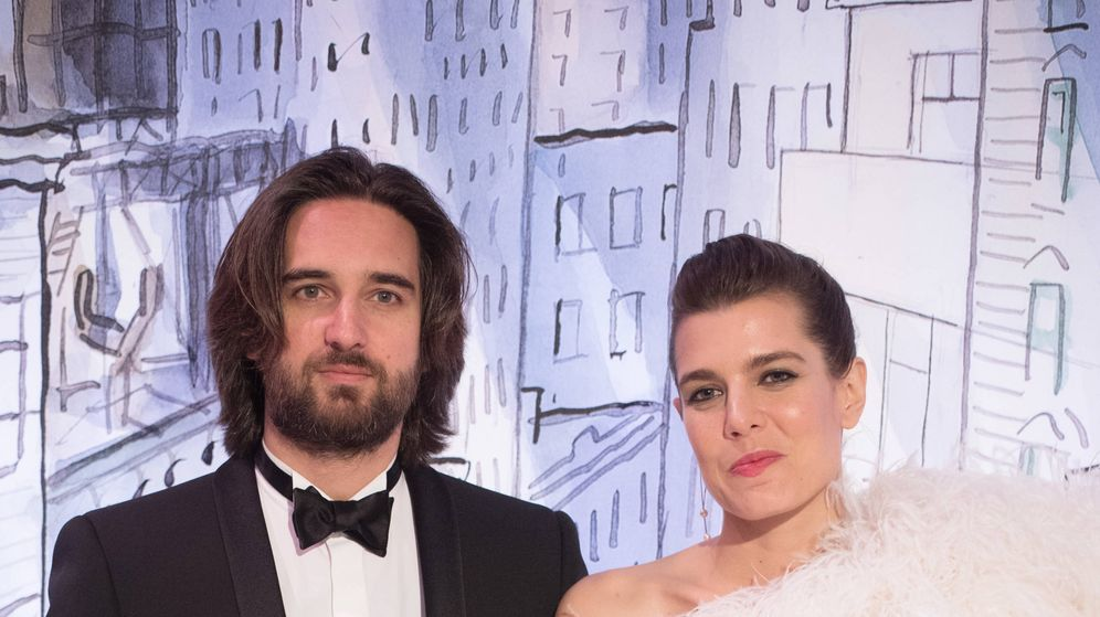 Foto: Carlota Casiraghi y Dimitri Rassam en el Baile de la Rosa de 2018. (Getty)
