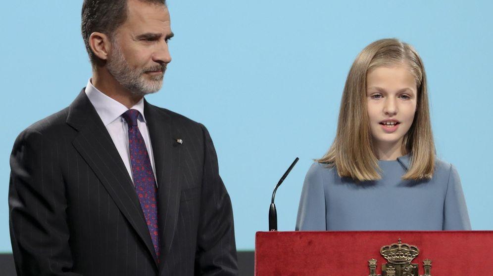 Foto: La princesa de Asturias interviene por primera vez en un acto público leyendo la Constitución. (EFE)