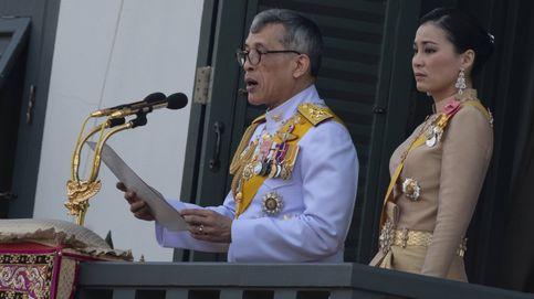 El rey de Tailandia: el escándalo de su consorte cobra una nueva dimensión