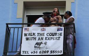 Mardi Gras en San Fermín: de los 'babosoak' al 'tetas por kalimotxo'