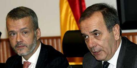 Alonso y Camacho se blindan su futuro y se acogen al privilegio de la nueva ley