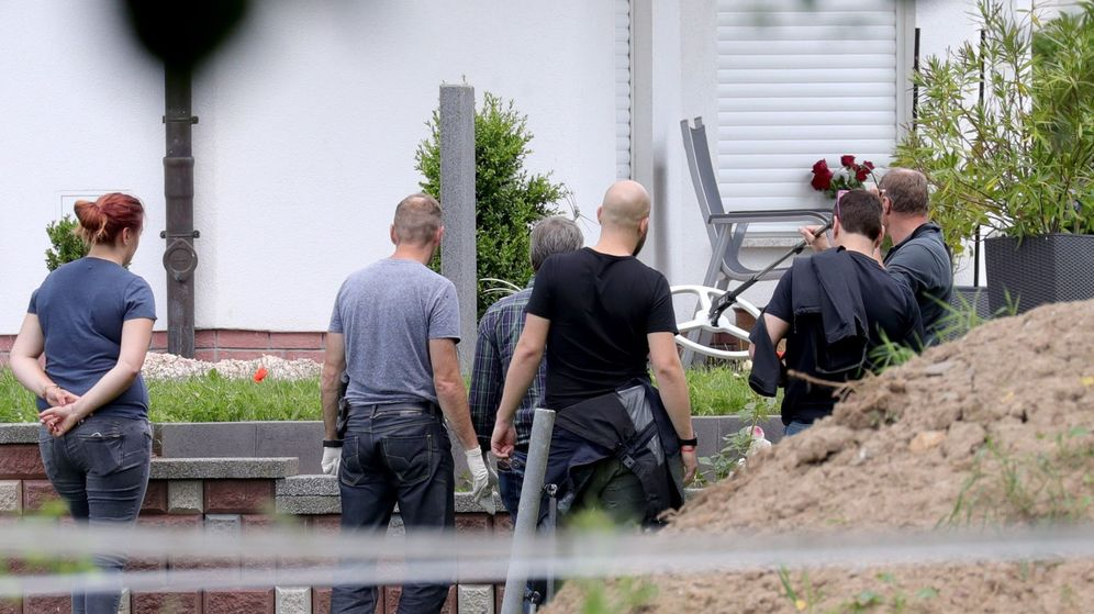Foto: La policía investiga la escena del crimen. (EFE)