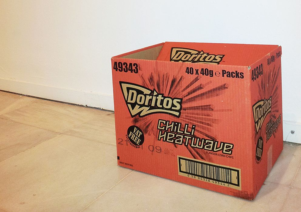 Foto: La caja del artista Henrik Olesen, en el Museo Nacional Centro de Arte Reina Sofía. 'Sr. Cuchillo y a la Sra. Tenedor' (2009).