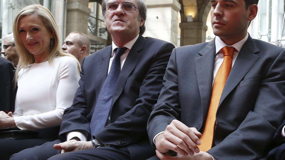 Foto: La candidata del PP a presidir la Comunidad, Cristina Cifuentes; el del PSOE, Ángel Gabilondo, y el de Ciudadanos, Ignacio Aguado. (Efe).