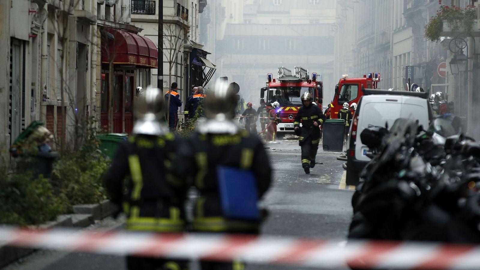 Una persona sigue desaparecida tras la explosión en una panadería de París