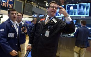Wall Street cierra con signo mixto y el Dow pierde un 0,3%