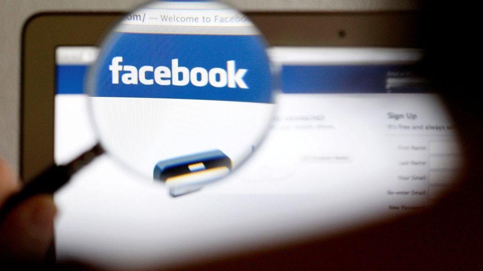 Foto: El logo de Facebook en una pantalla de ordenador. (Reuters)