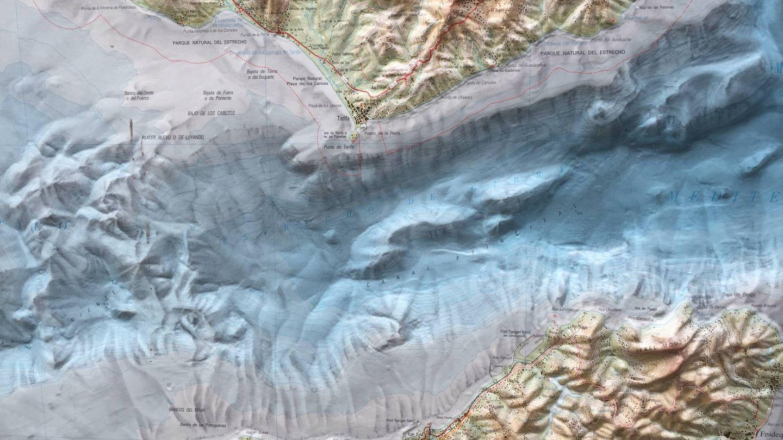 Mapa en 3D del Estrecho en las oficinas de SECEGSA, en el centro se aprecian ambas brechas. (A.V)