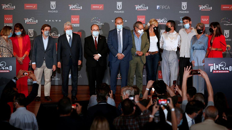 Foto de familia durante la ceremonia de lectura de las nominaciones (película y series) a los Premios Platino del Cine Iberoamericano (EFE)