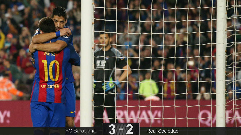 Foto: El Barcelona celebra el primer gol. (Reuters)