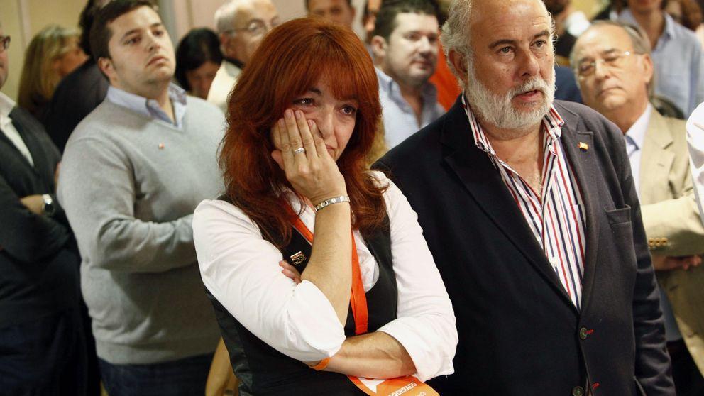 Las imágenes de las elecciones en Galicia y País Vasco: de lágrimas naranjas a sonrisas azules
