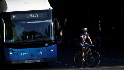 Suben los accidentes relacionados con bicis en Madrid con la vuelta de miles de coches a las calles en fase 1
