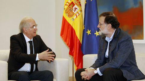 El opositor venezolano Ledezma llega a Madrid y se reúne con Rajoy en Moncloa