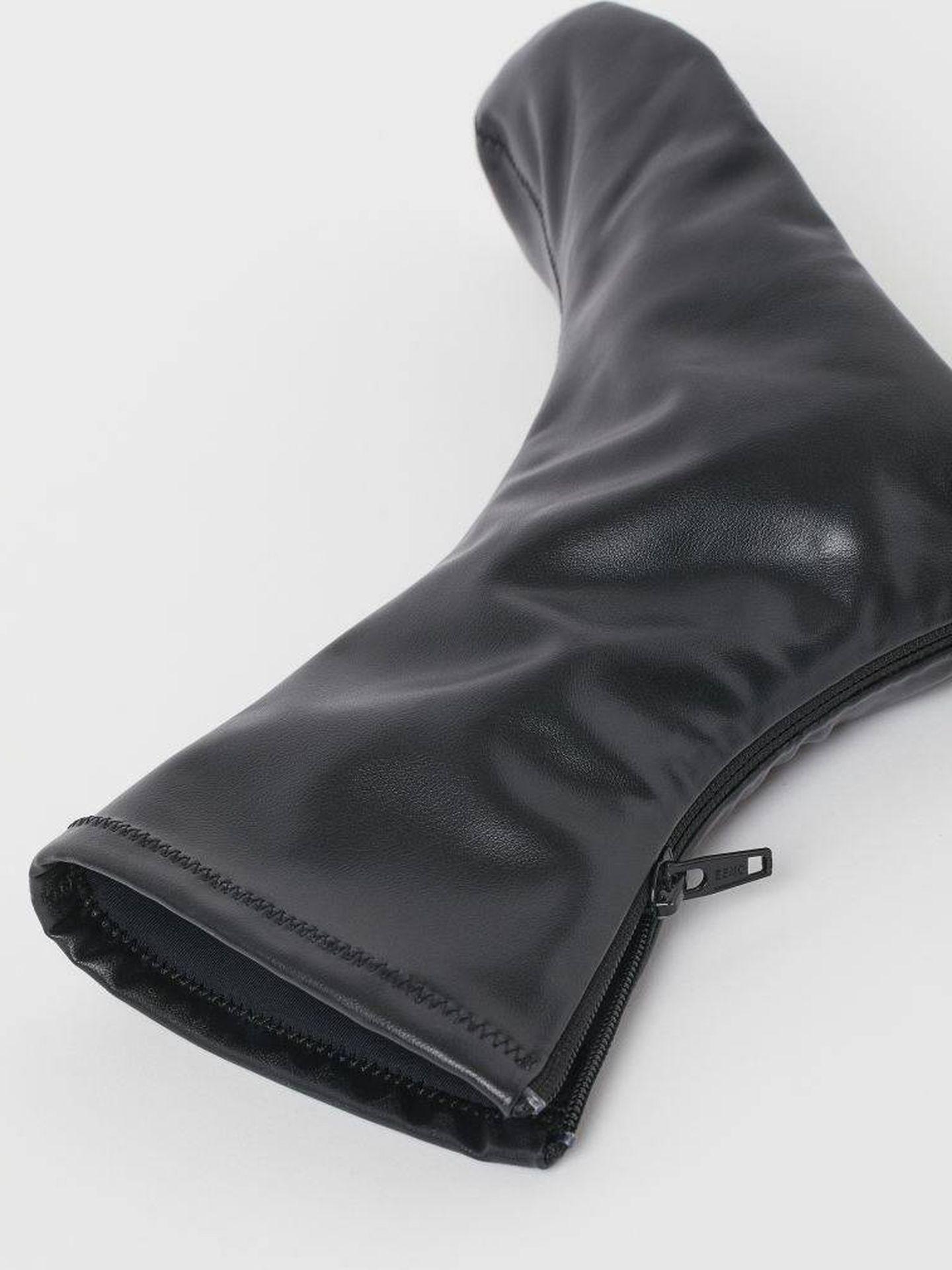 Las botas de HyM que se convierten en mules. (Cortesía)